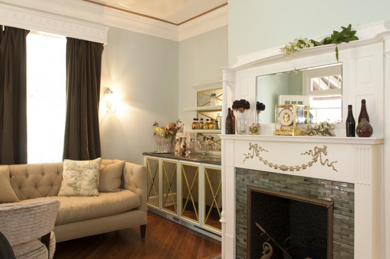 Formal Living Room with Custom Built Bar | Lemon Grass